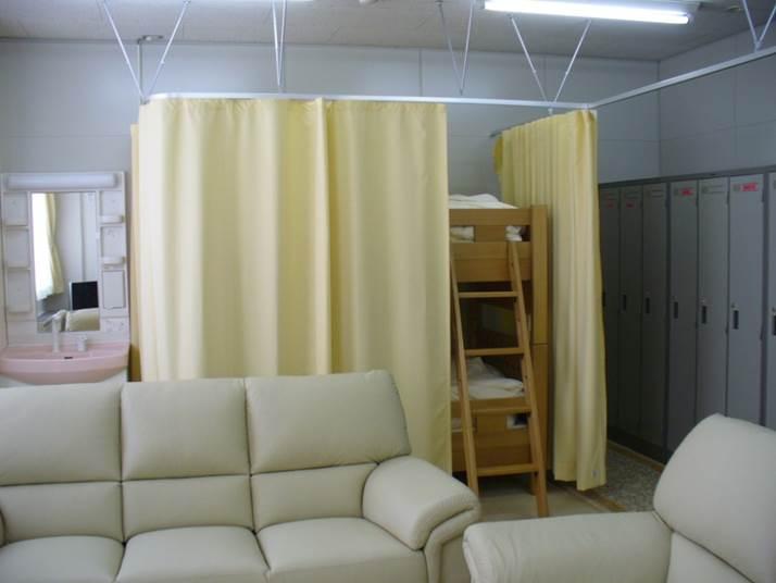 女性医師専用の休憩室・ロッカー室|盛岡赤十字病院